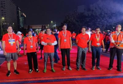 10km and 5km runs held at Hyderabad's cable bridge