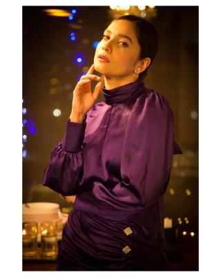 Ankita Lokhande celebrates 3mn Insta followers, trolls credit Sushant for feat