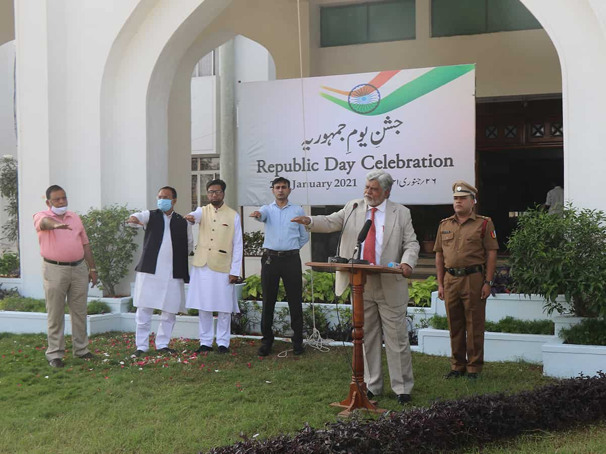 Urdu university celebrates Republic Day by thanking COVID frontline warriors