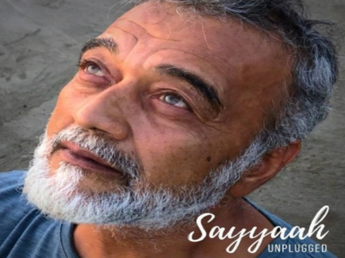 Lucky Ali creates magic with melodious unplugged rendition of 'Sayyaah'
