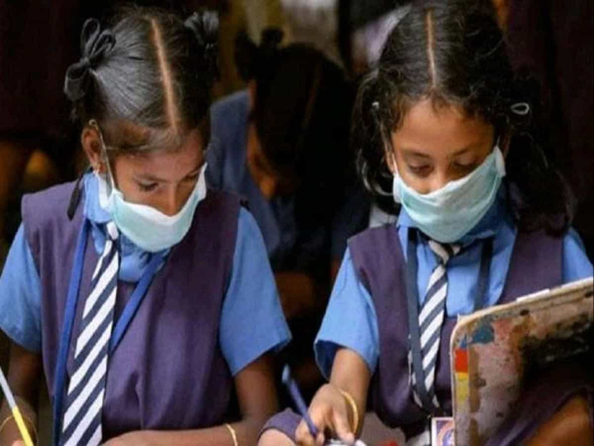 Hyderabad: 'Physical classes not mandatory', education minister assures parents' association