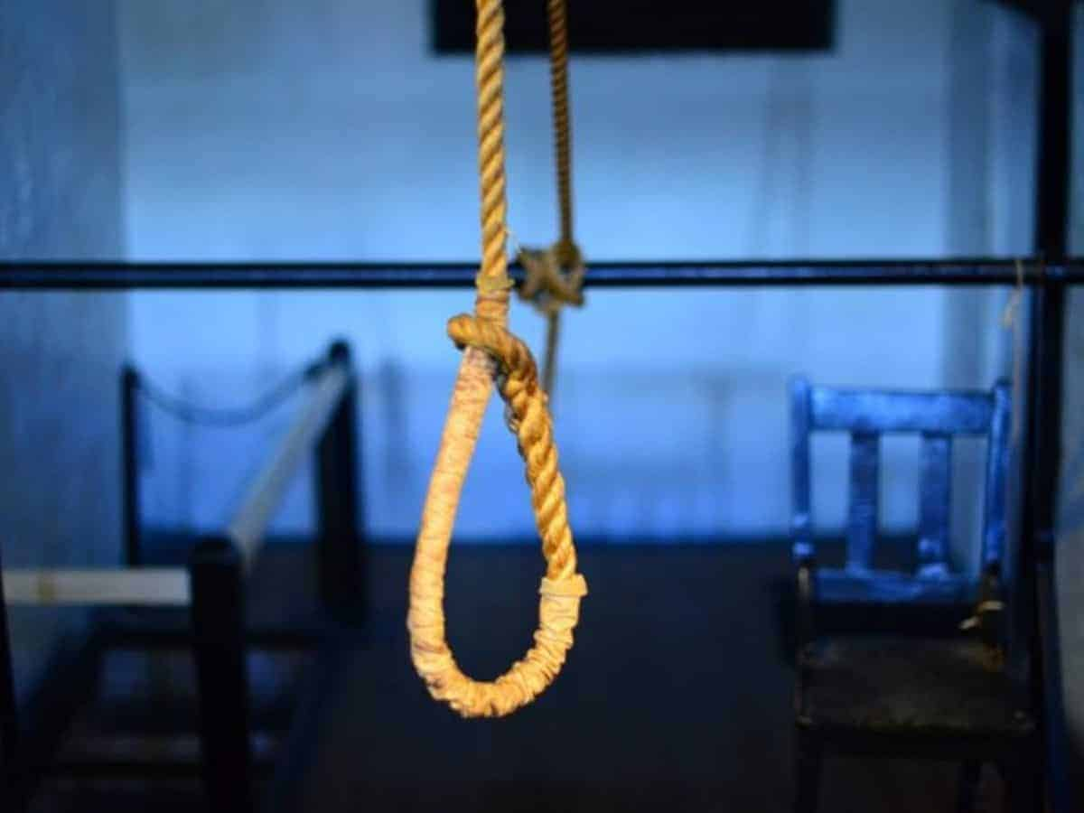 Hyderabad: TSSP constable who was suspended two months ago found hanging