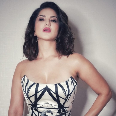 Sunny Leone questioned by Kerala cops for alleged cheating