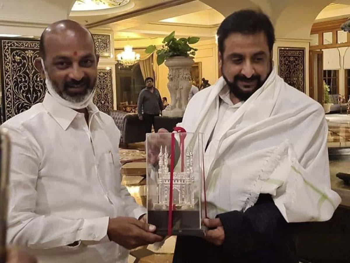 Photo of AIMIM MP Imtiaz Jaleel, BJP's Bandi Sanjay raises questions