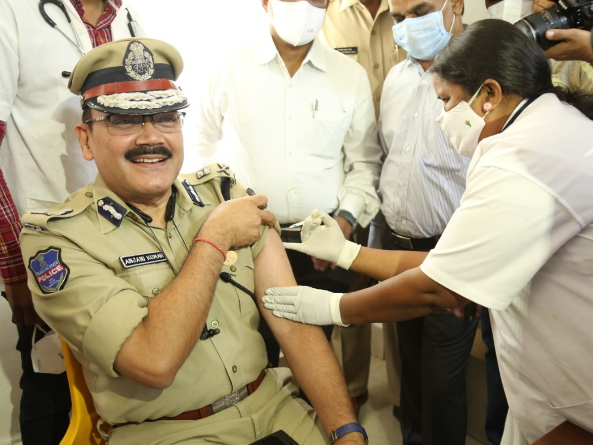 Hyderabad police commissioner takes COVID-19 vaccine jab