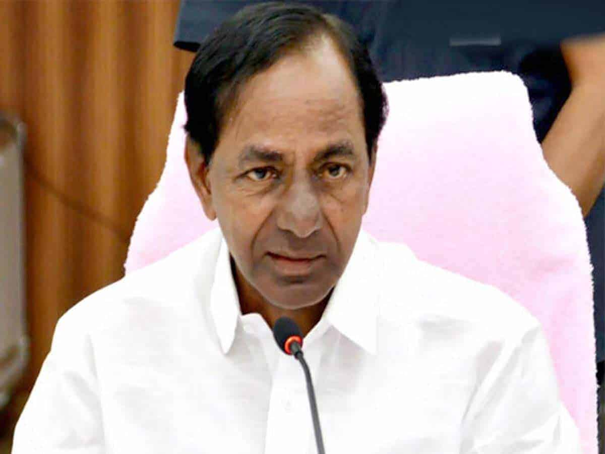 KCR waiting for opportune time to anoint son as successor