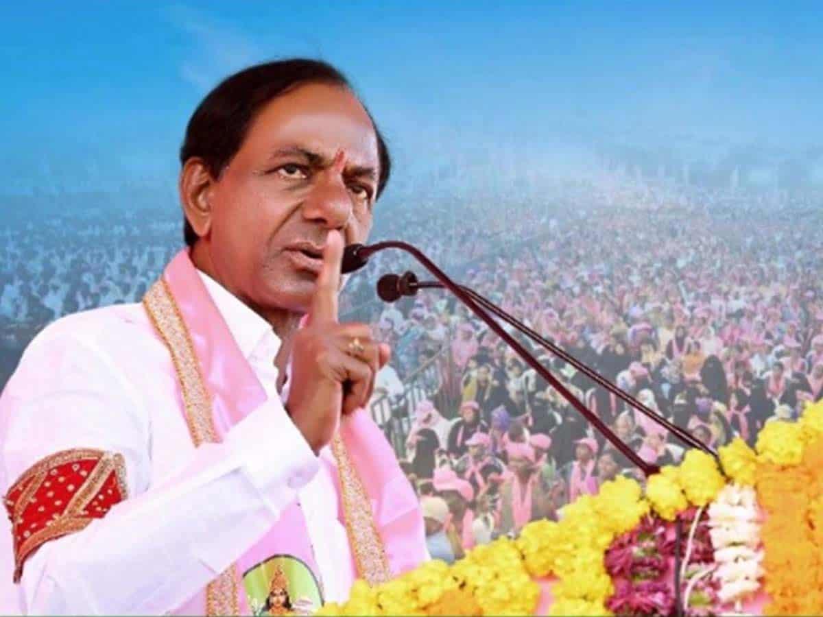 'Enhance the greatness of Hyderabad': KCR tells newly-elected mayor, deputy mayor