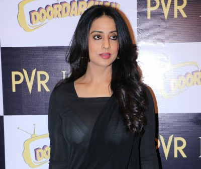Mahie Gill 'got emotional' on reuniting with Dev.D co-star Abhay Deol for new series