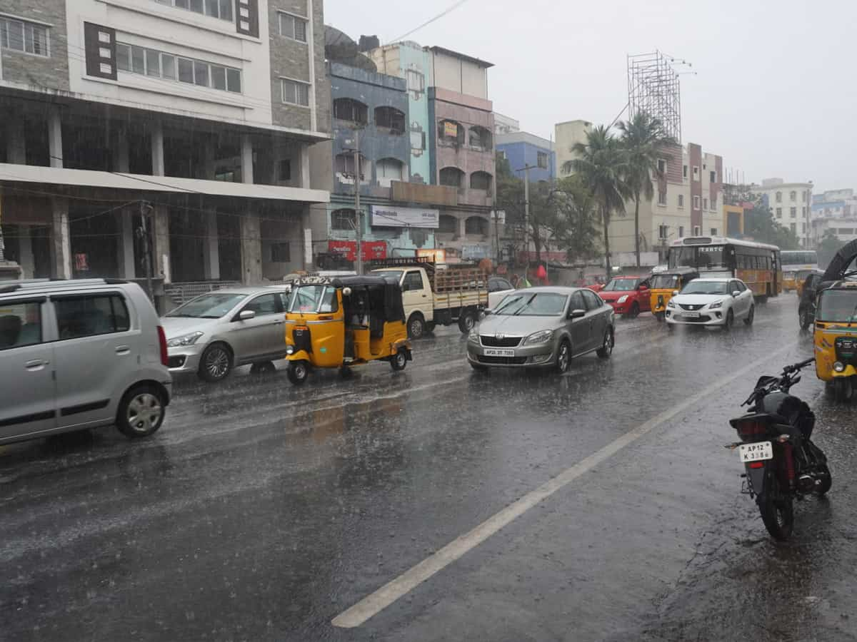 Rains lash Hyderabad, more showers likely in coming days