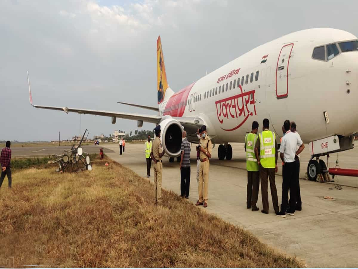 Air India aircraft escapes major accident  at Gannavaram airport
