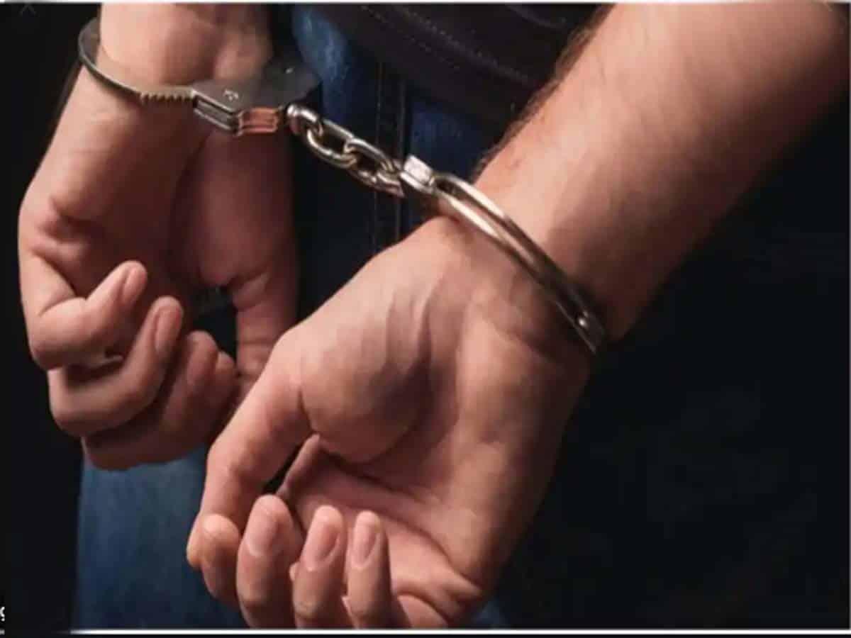 Hyderabad: Two drug peddlers arrested; heroin, cash recovered
