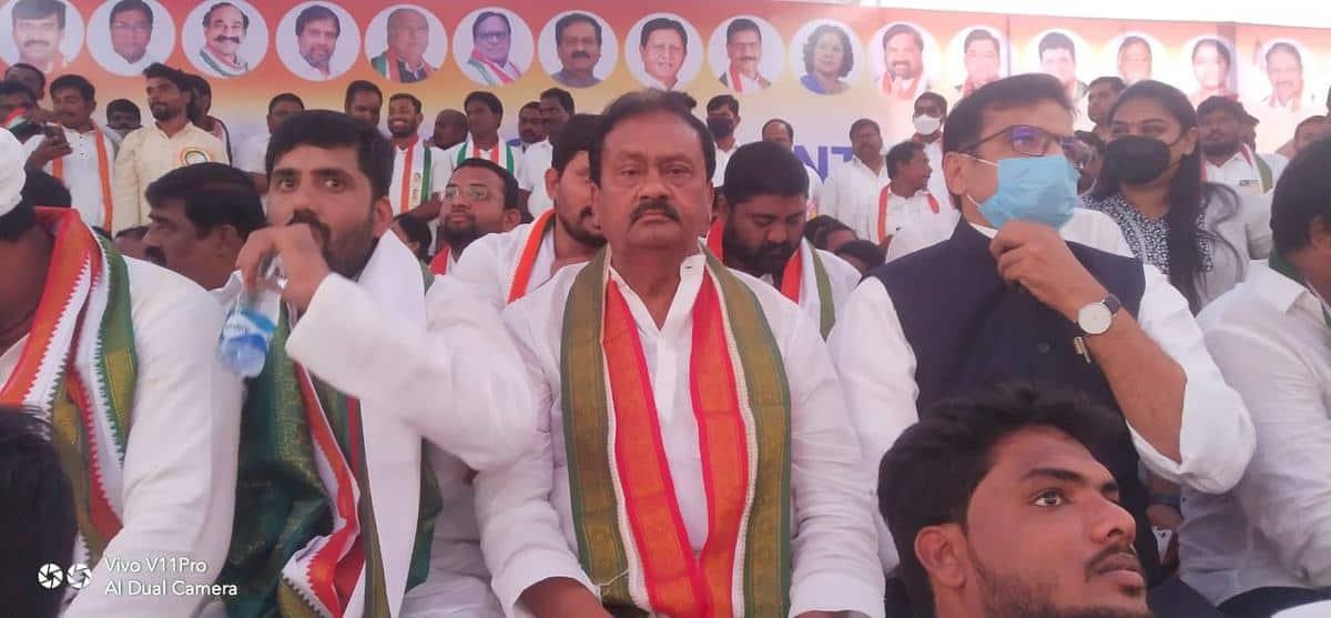 Anybody can form a political party in democracy: Shabbir Ali