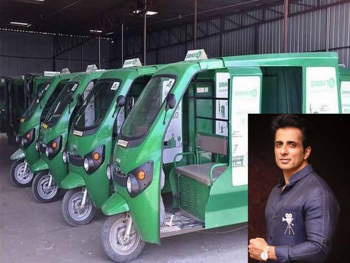 Sonu Sood distributes e-rickshaws to provide employment