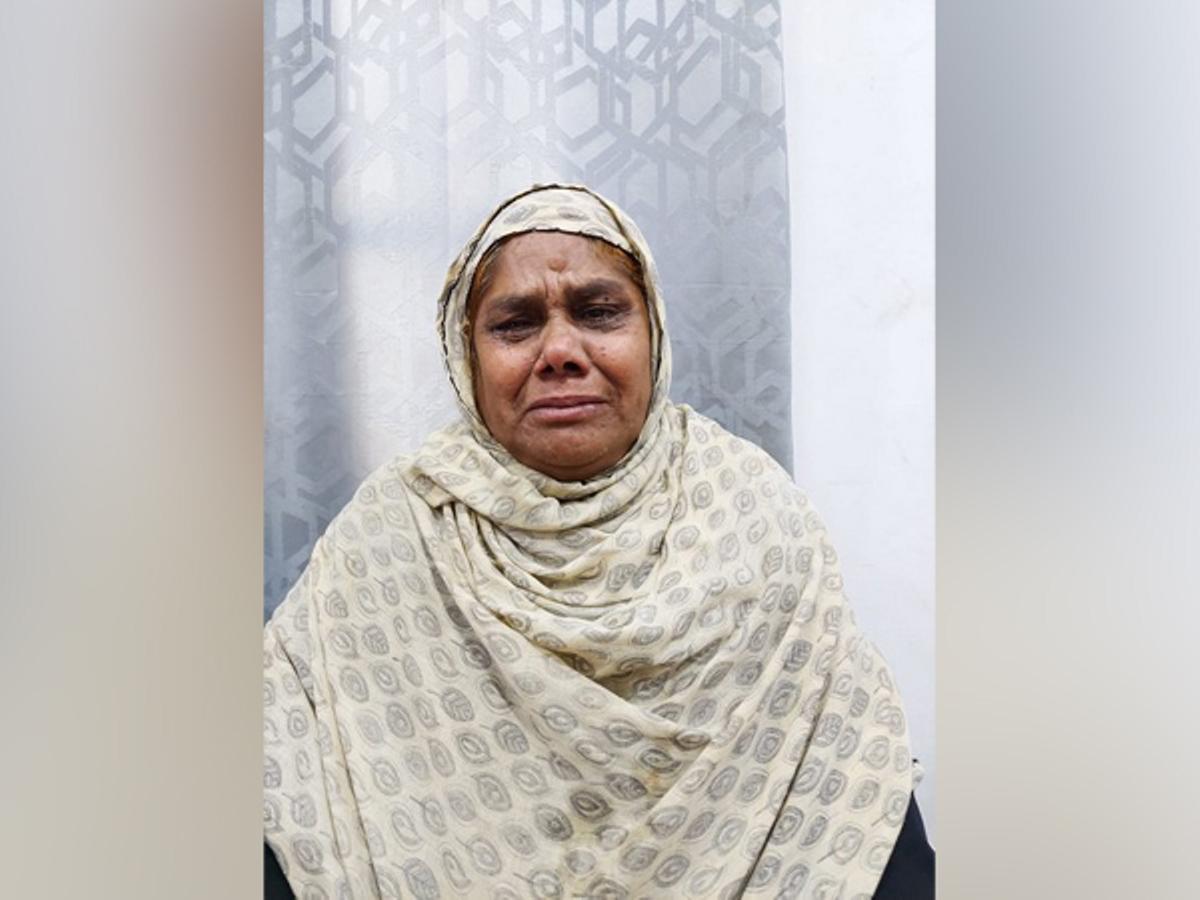 Hyderabad woman seeks MEA help for her daughter stranded in UAE