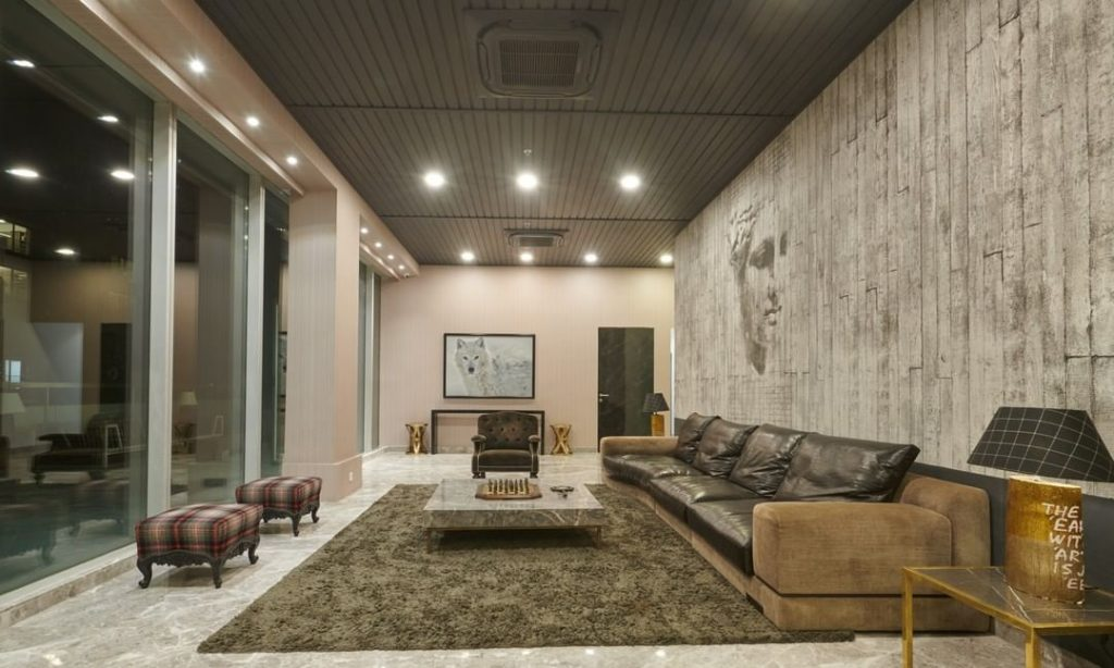 Sneak-peek into SRK's lavish Red Chillies office designed by Gauri Khan