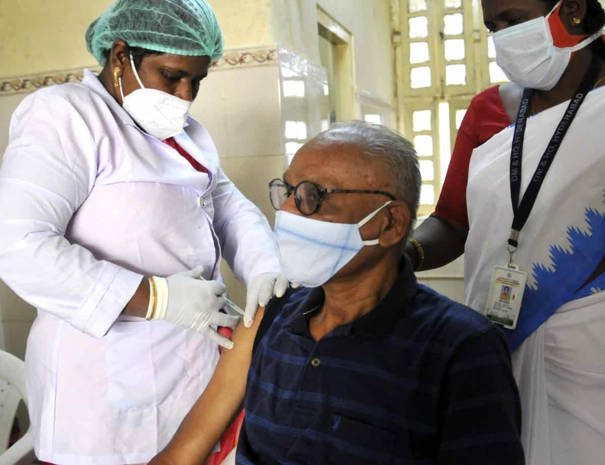 Telangana: 4558 vaccinated on day 1 of COVID-19 vaccine drive