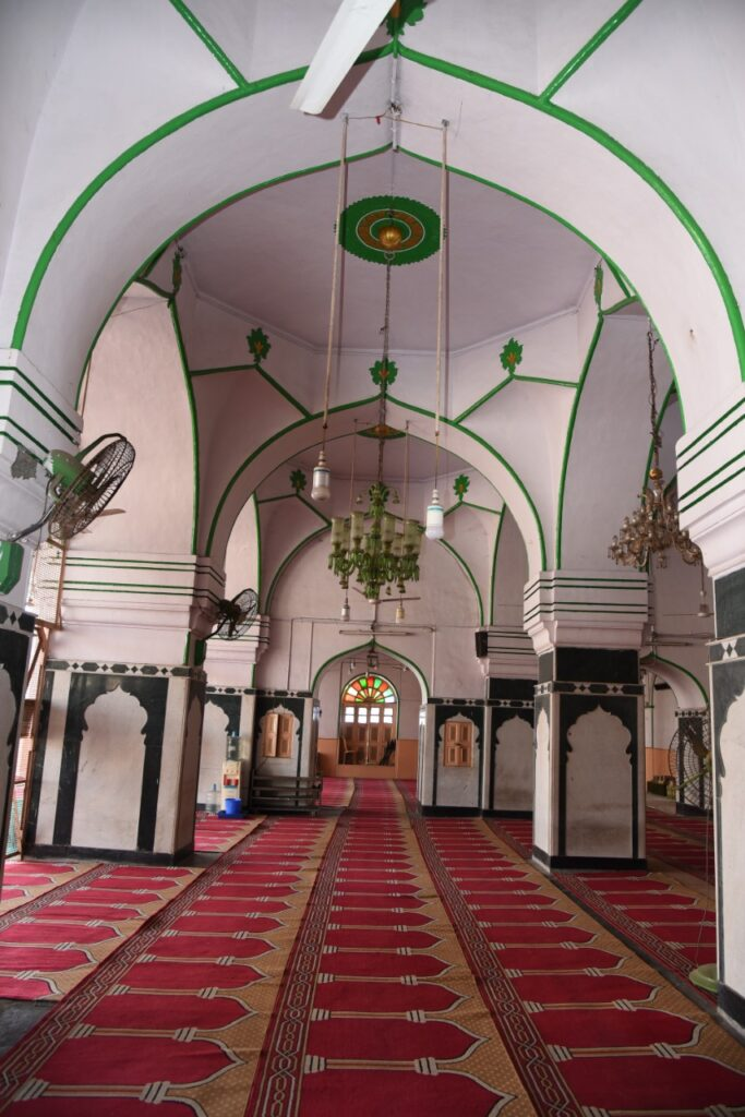 Hyderabad: Mosques offer free education, skill development amid school closure