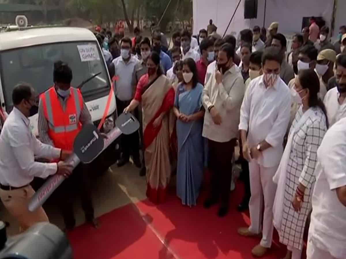 GHMC flags off 300 Swacch Auto Tipper Vehicles