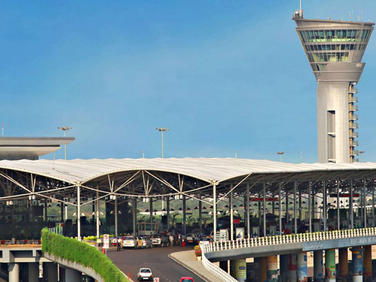Foreign currency worth Rs 1.3 cr seized  at Hyderabad airport