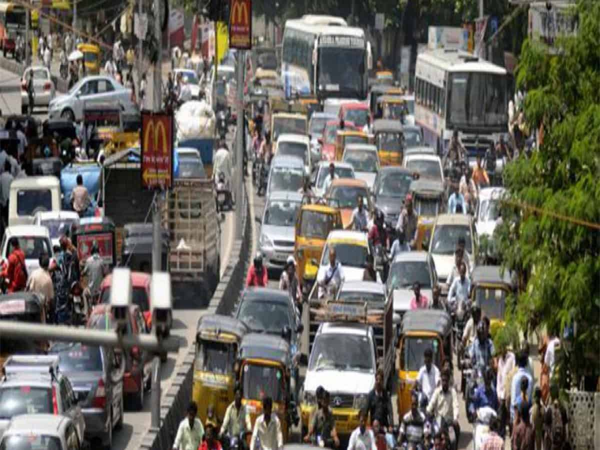Hyderabad: Falaknuma bridge closed, heavy traffic on long alternative routes