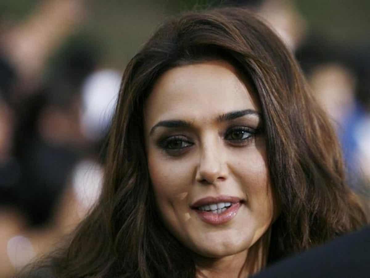 Loss of common sense a reason you get COVID-19: Preity Zinta urges to wear masks