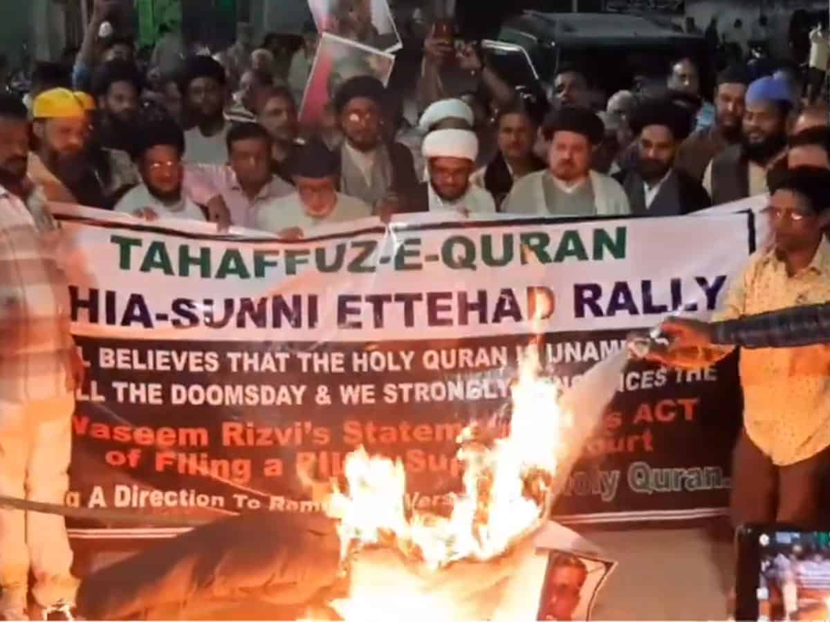 Muslim organisations protest in Hyderabad against Waseem Rizvi
