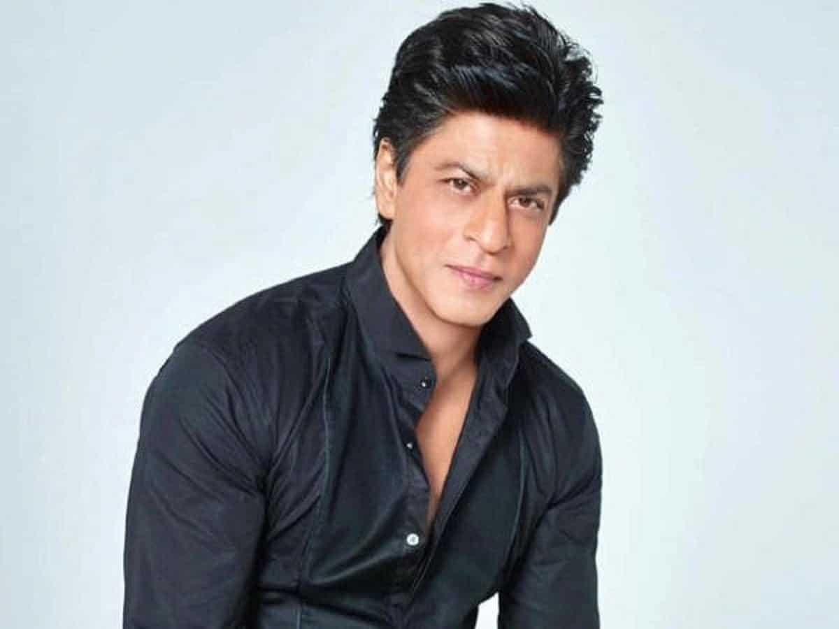 Shah Rukh Khan gets nostalgic after US Navy members sing 'Yeh Jo Des Hai Tera'