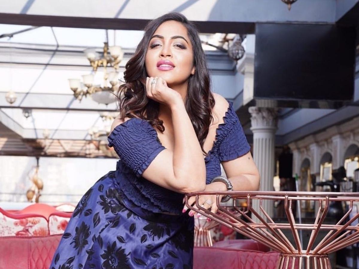 Inside Arshi Khan's new 'dreamy' Mumbai home; actress thanks Salman Khan
