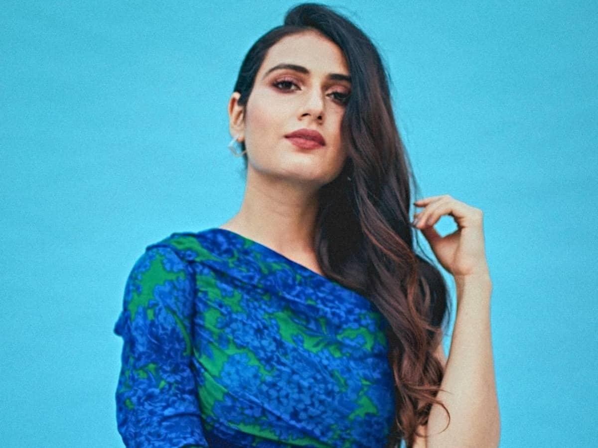 Fatima Sana Shaikh to star in Hindi adaptation of Tamil hit 'Aruvi'