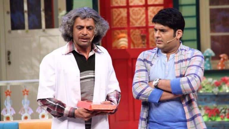Watch: Comedian Sunil Grover turns street vendor!