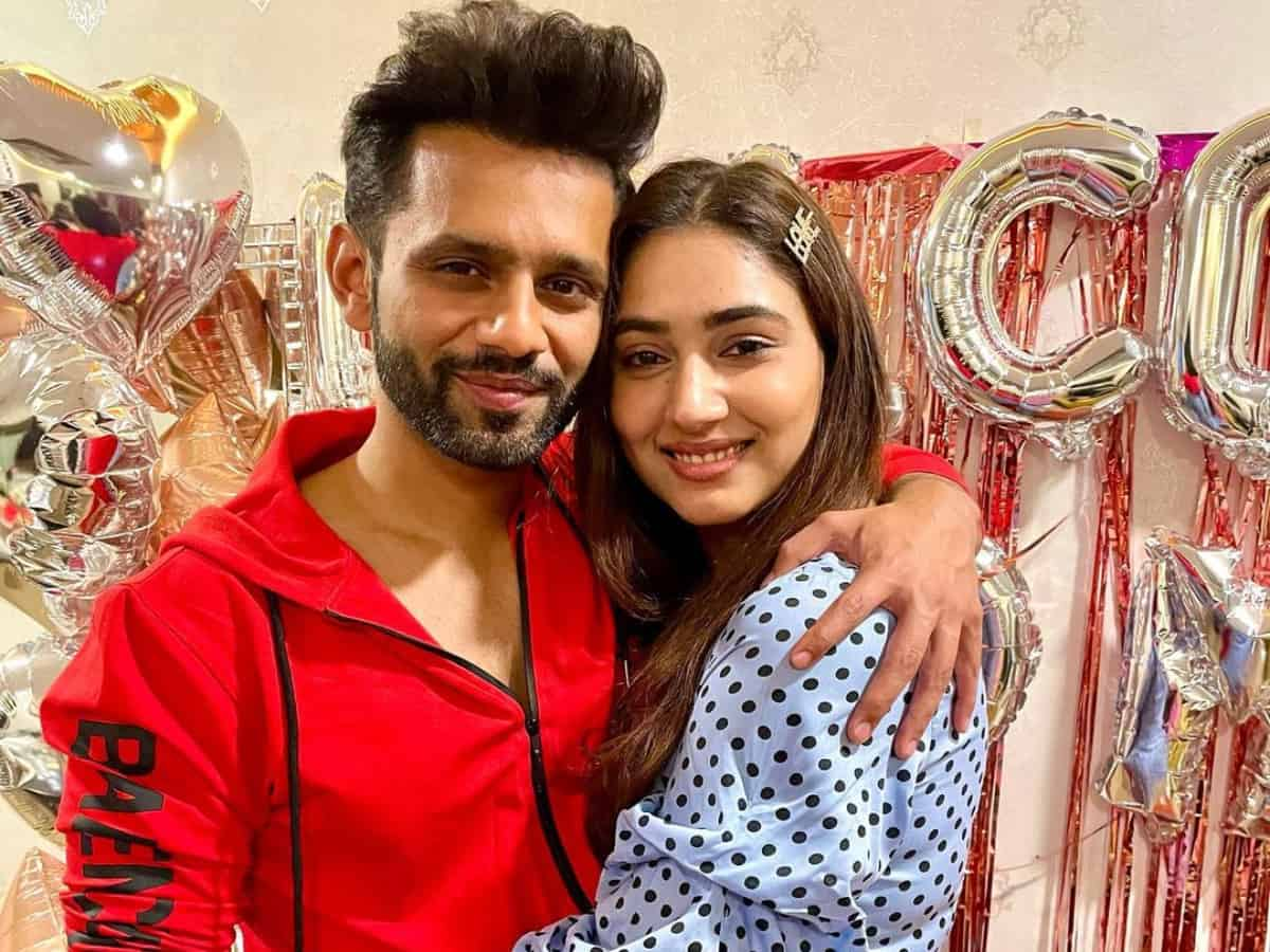 Bigg Boss fame Rahul Vaidya to marry his ladylove Disha Parmar in THIS month