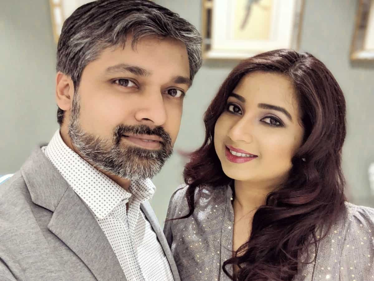 Singer Shreya Ghoshal announces her pregnancy