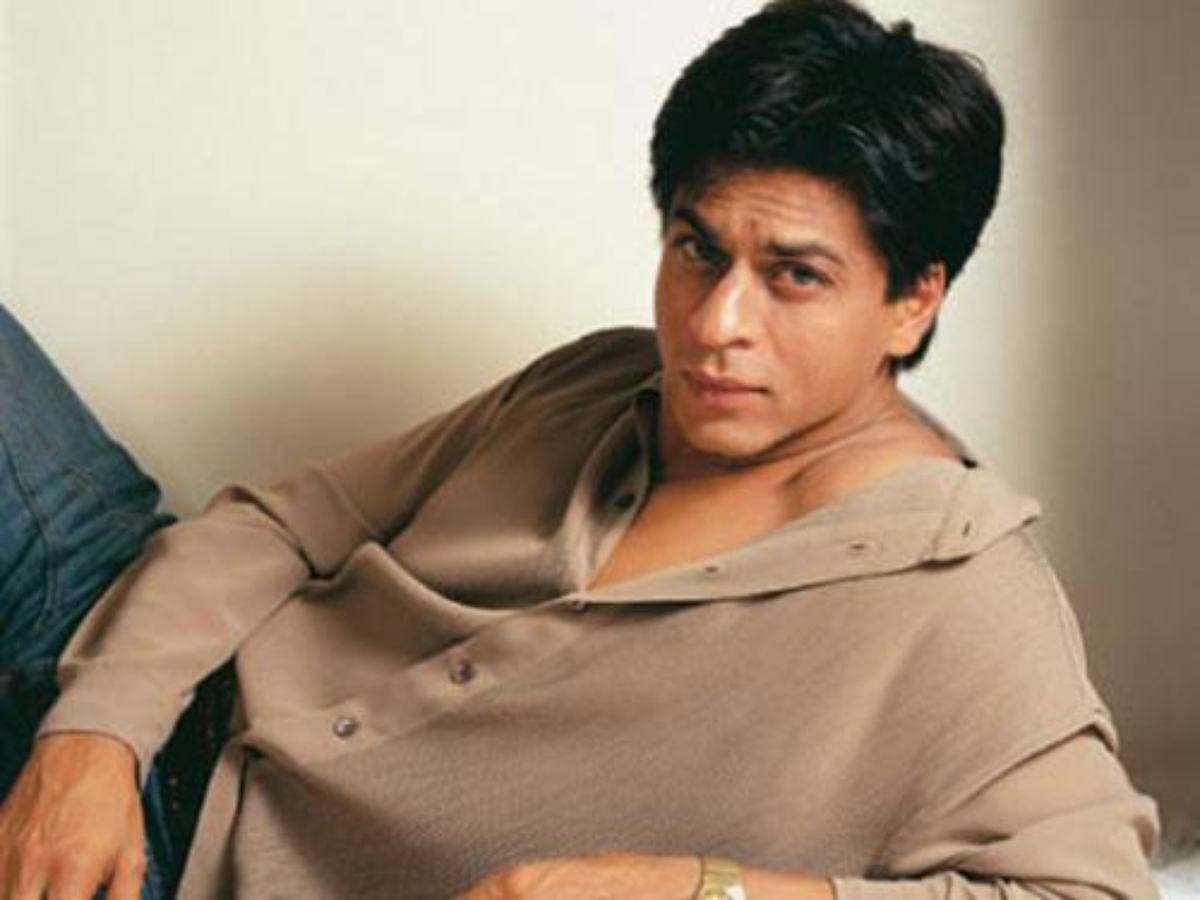 Don't use 'Patana' word: SRK's advice to fan who asked him how to impress girls