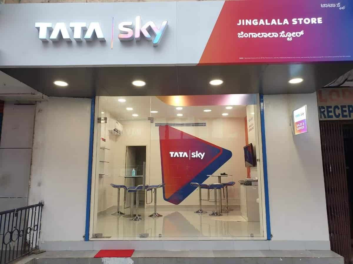Tata Sky opens its first exclusive jingalala store in Hyderabad
