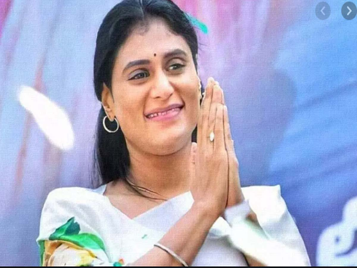 Economic condition of Muslims is worse in Telangana: YS Sharmila