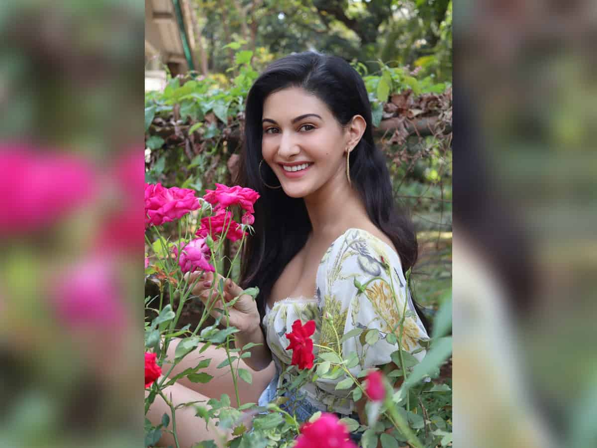 Amyra Dastur: Thanks to OTT, people don't get work because of their last name