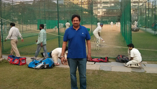 Arshad Ayub maintains his passion for cricket by mentoring youngsters -  Cricket Country
