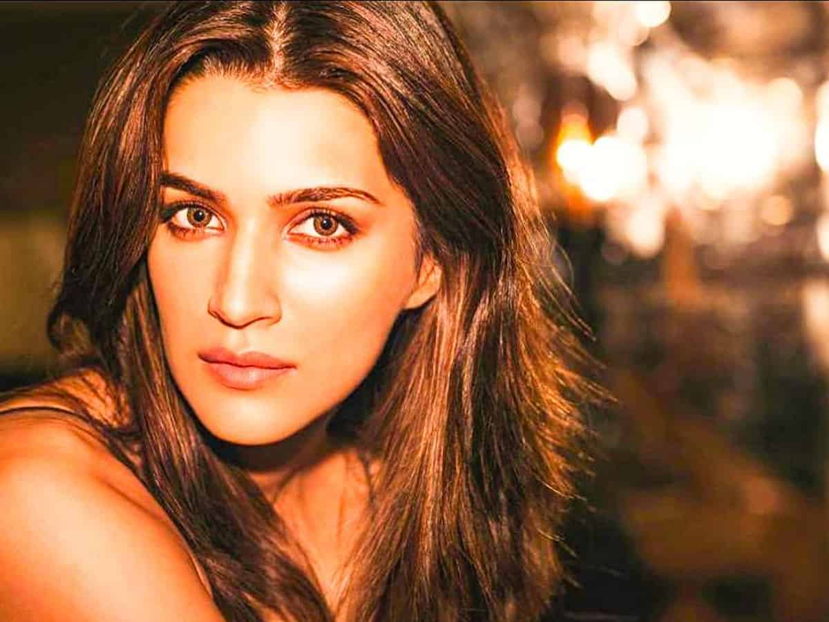 Kriti Sanon reveals her special 'morning facial' routine