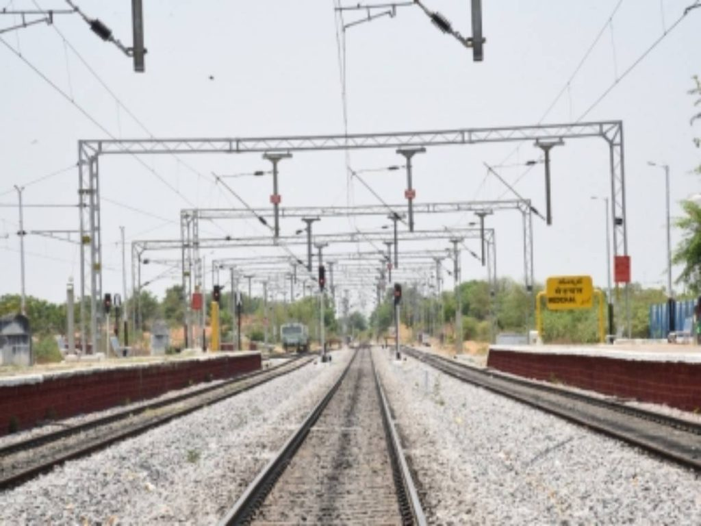 SCR achieved 750 km track electrification in FY 2021