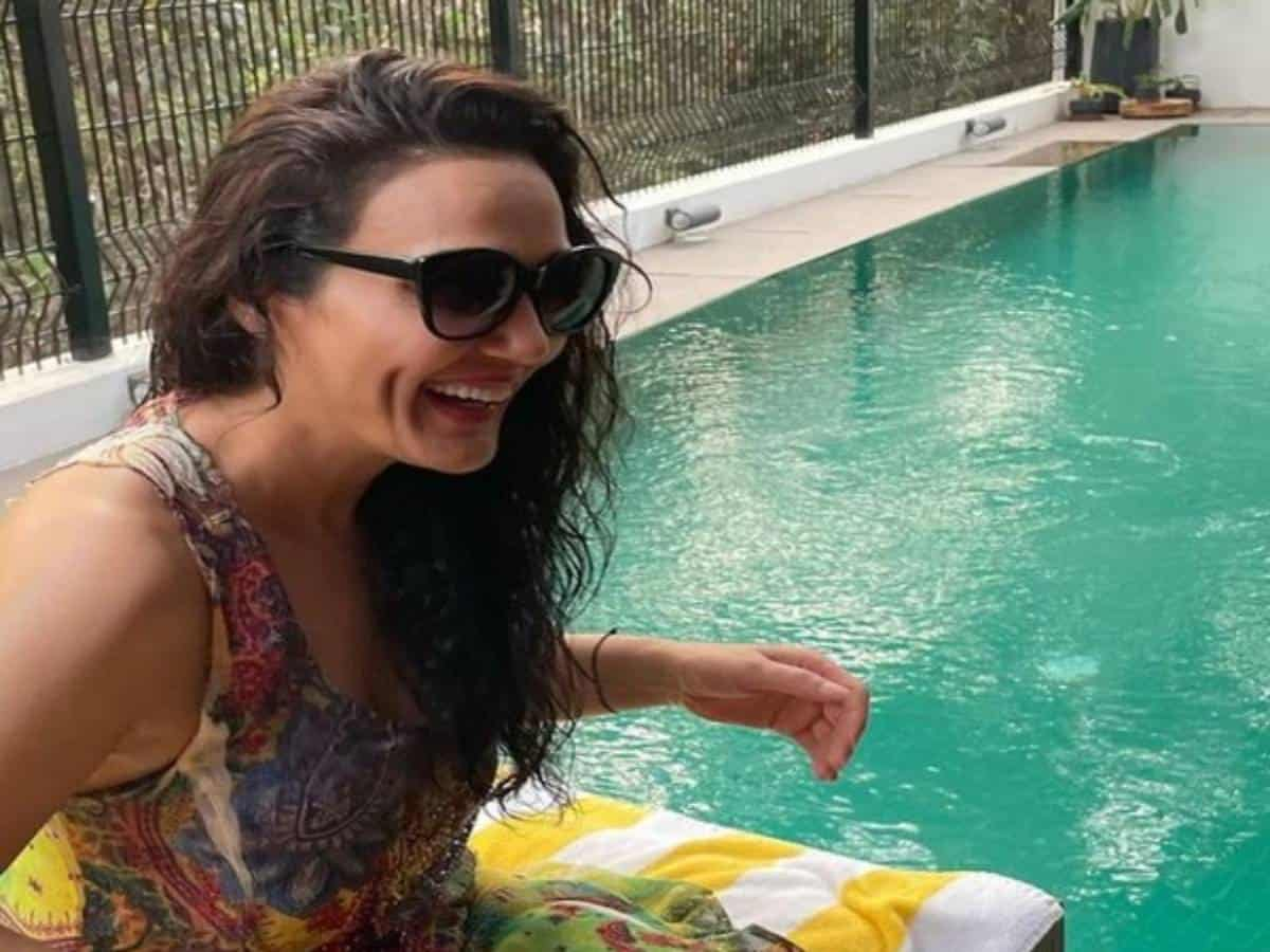 Preity Zinta suggests fans stick to 'laughter therapy' amid 'crazy times'