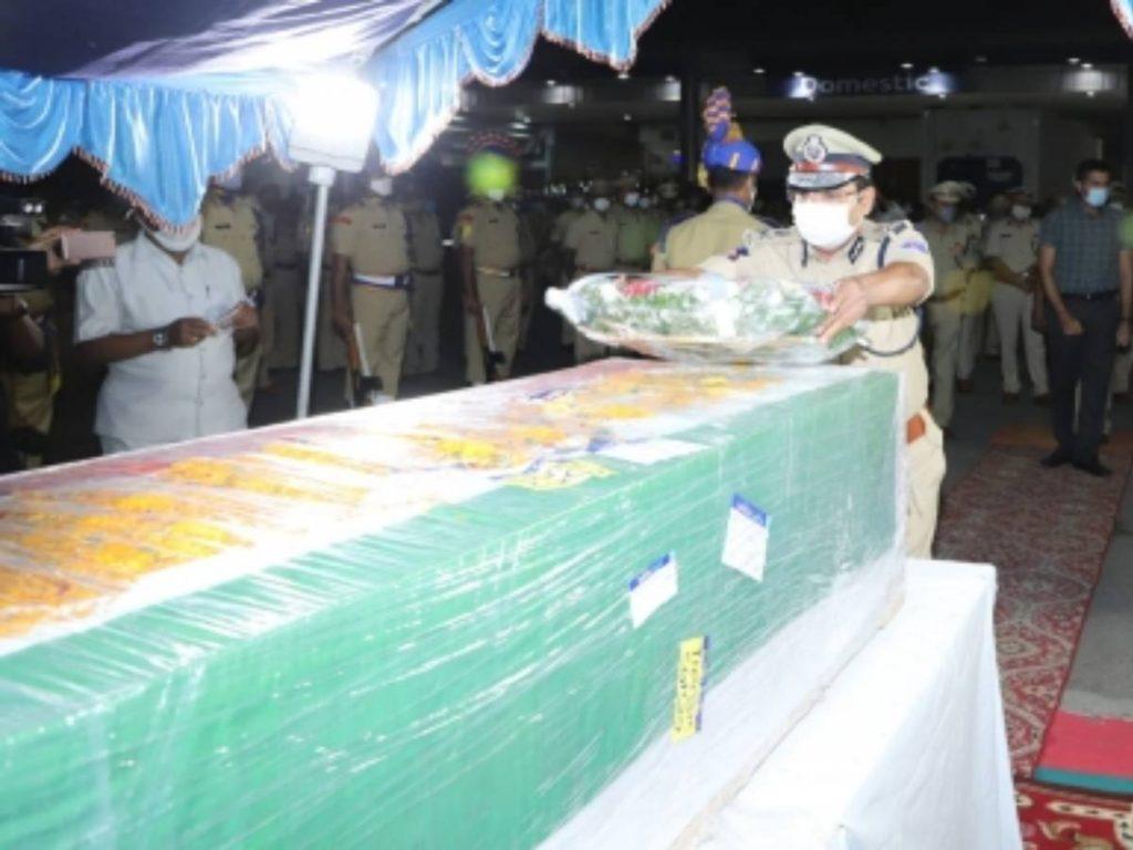Mortal remains of martyred CRPF jawan reach Hyderabad