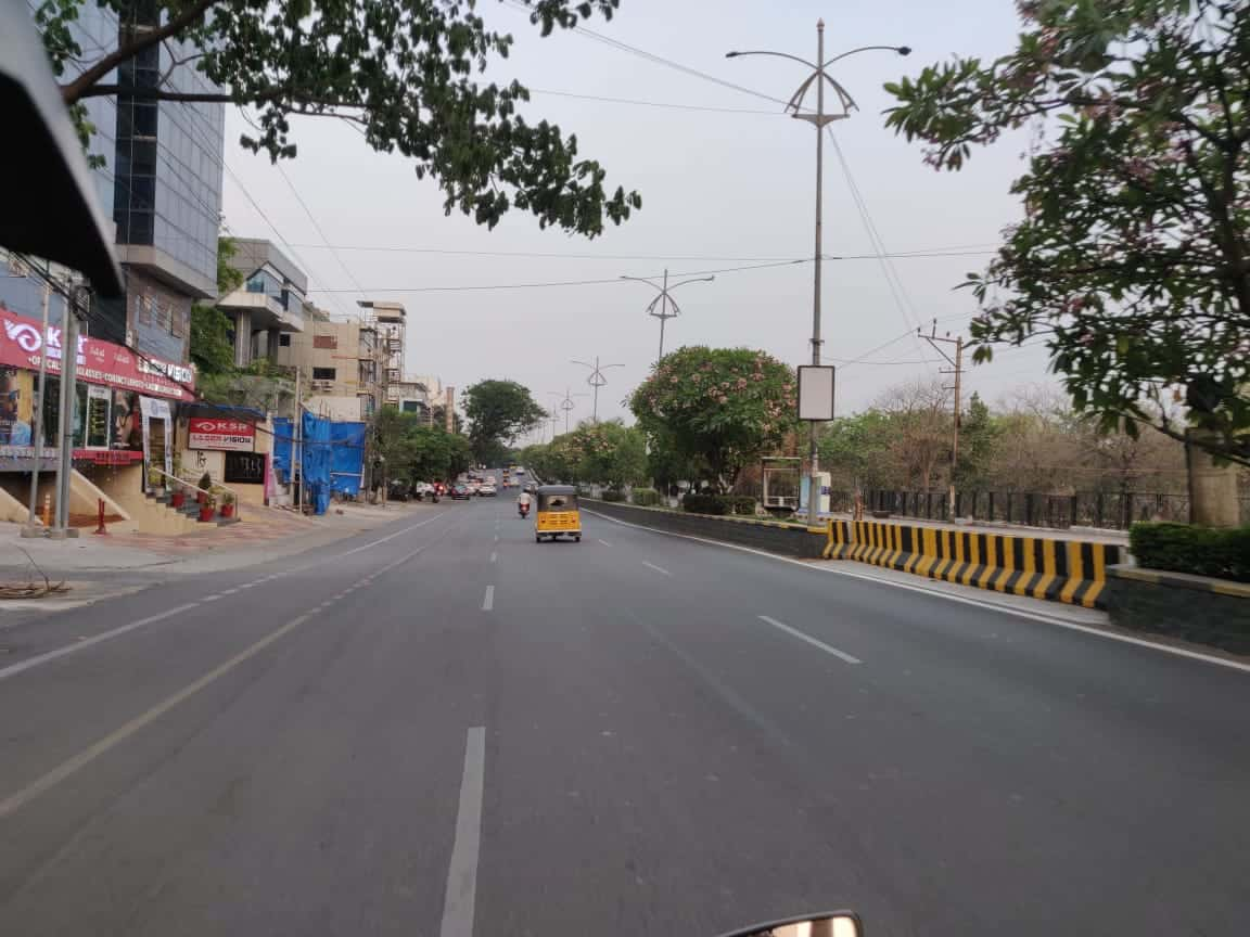 Hyderabad: Streets empty, fear of COVID-19 keeps people indoors