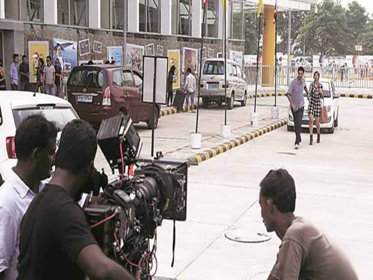 COVID-19: Maharashtra govt halts movie, TV shoots