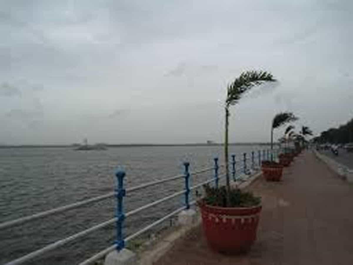 Hussain Sagar becomes most polluted lake in Telangana