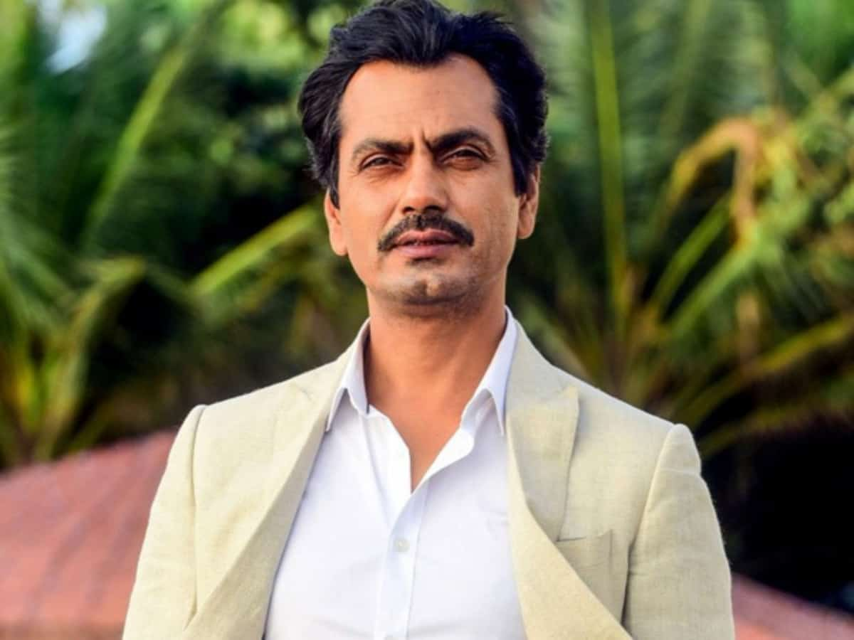 'Superstars do fake acting', says Nawazuddin Siddiqui