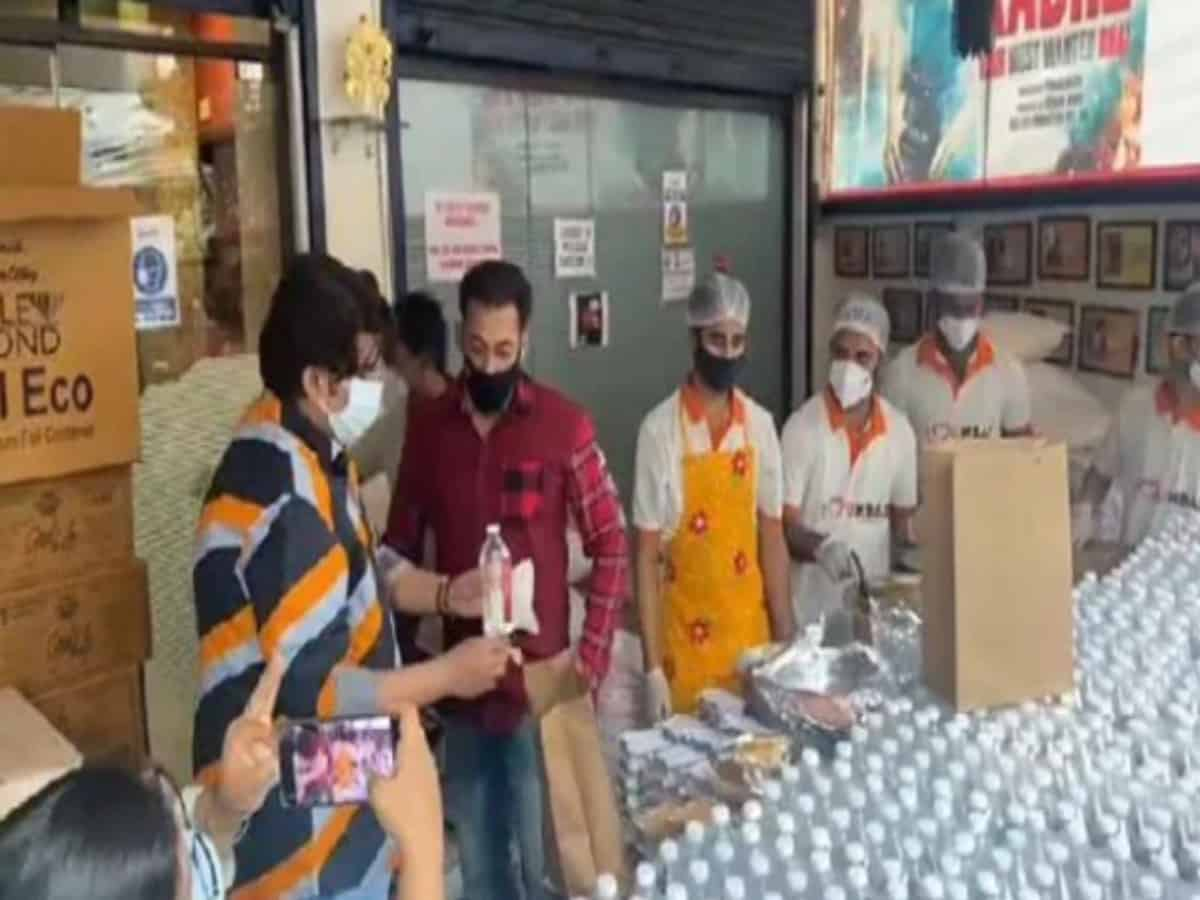 WATCH: Salman Khan provides food packets to COVID-19 warriors