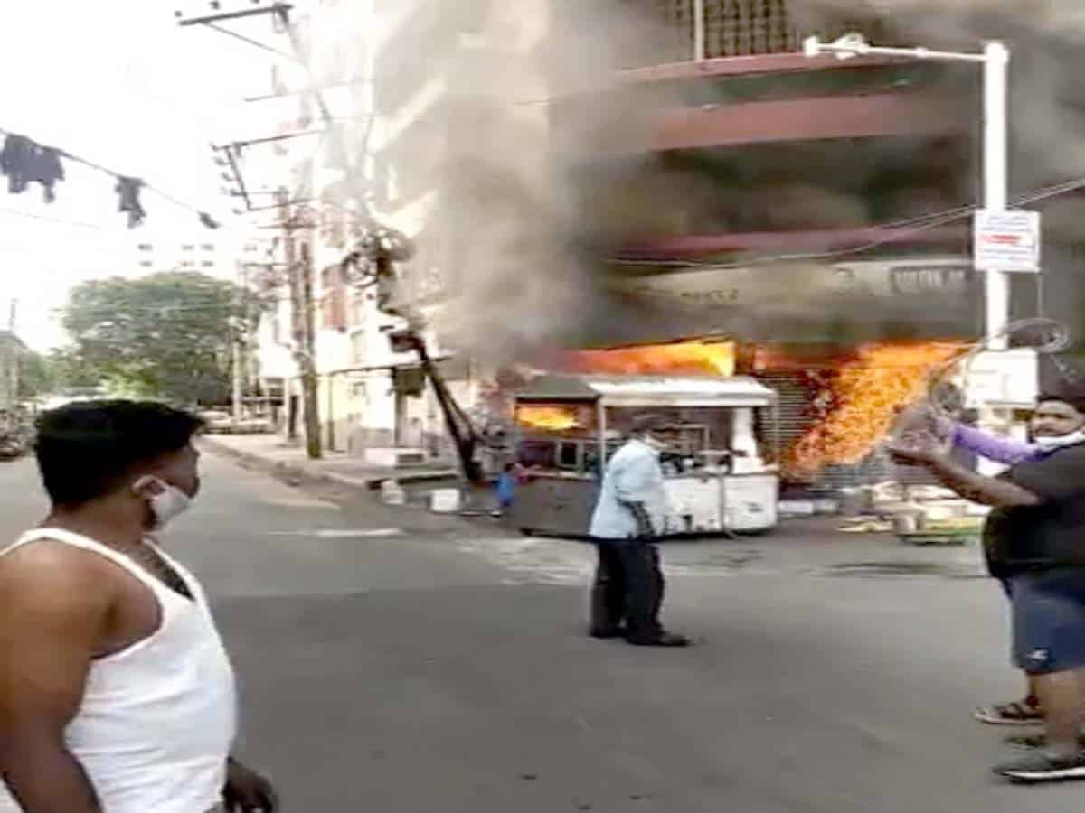 Major fire breaks out at footwear shop in Secundrabad