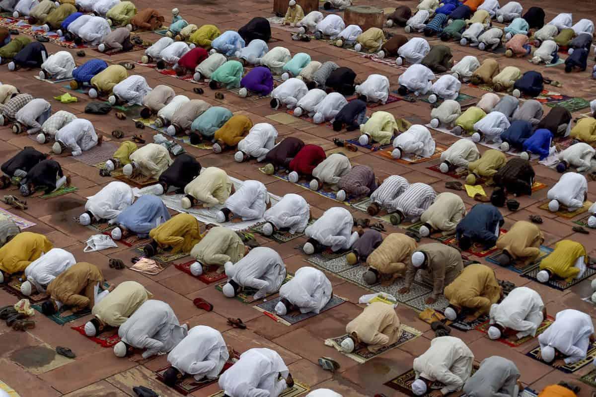 Hyderabad: Jamia Nizamia issues fatwa regarding Eid prayers