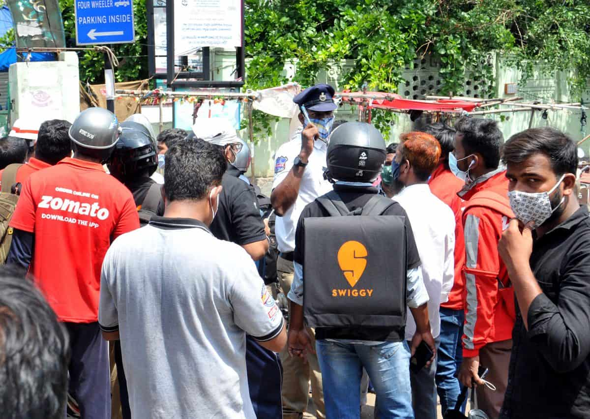 Hyderabad lockdown: Swiggy and Zomato are back, but options limited