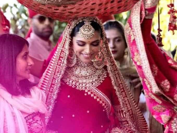 Sabyasachi once asked Deepika Padukone to wear burqa, here's why